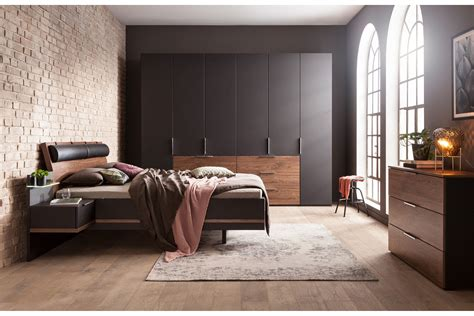 Nussbaum Schlafzimmer