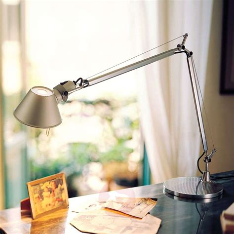 Tolomeo Lampe
